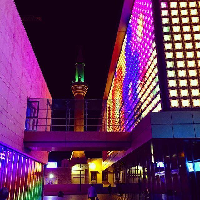 At Beirut Souqs... #architecture #arch #beautifuldestinations #modernarchitecture #canonphotography #igerslebanon #lebanon #liban #lubnan #downtown #beirutsouks   #wonderfulcountry #instanature #cbviews #worldplaces #travelgram #sharetravelpics #beirut #beiruting #instalebanon #instaleb#lebanonmania#leb#lovelebanon #livelovelebanon #clicklebanon #lebanonspotlights #whatsuplebanon