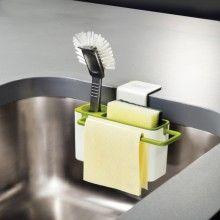SINK AID Evye İçi Mutfak Lavabosu Düzenleyici Beyaz/Yeşil Bu şık tasarım mutfak lavabosunun iç duvarlarına tam olarak oturur. Herhangi aşırı su veya sabun lavabo duvarlarından kolaylıkla akar.  Bulaşık yıkama ekipmanlarının düzgün bir şekilde tutulmasını sağlar. Tasarımda yer alan kauçuk çanak, bulaşık fırçasının kolaylıkla tutulmasını sağlar. Tasarım: Morph