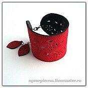 Украшения ручной работы. Ярмарка Мастеров - ручная работа Красный замшевый браслет  - 119. Handmade.