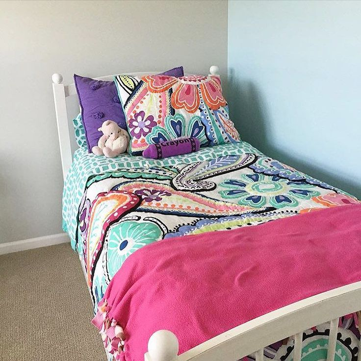 Our Kennedy Paisley Quilt Pairs Nicely With Our Crinkle