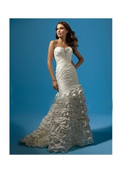Pretty bling and draping