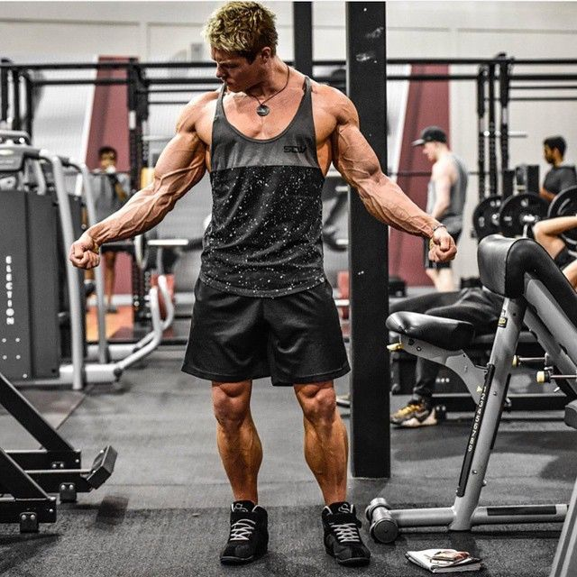 @iron_curtis 's favourite singlet- the Galaxy Taperback is now back in stock! Limited numbers available so head to strongliftwear.com and gets yours before they sell out! Also featured: Elite Mid Short & Supertops #strongliftwear #gymwear #inspire #beastmode #strong #aesthetics #fitness #gym #bodybuilding #bodybuilder www.strongliftwear.com