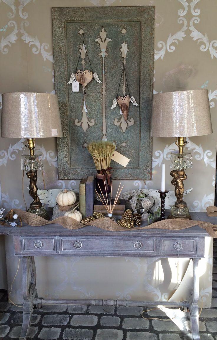 Maison Decor: finiture rustiche con gesso vernice e dettagli di nozze