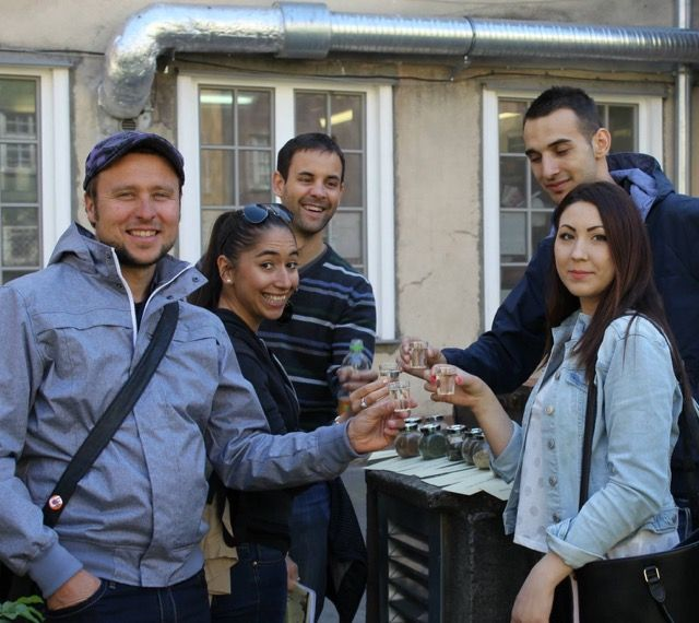 Mariusz Lewy - licencjonowany przewodnik zaprasza turystów do Gdańska, Sopotu i Gdyni. Europejskie Centrum Solidarności to jego konik, ale chętnie oprowadzi także po zamku w Malborku. #touristguide #gdansk #malbork #sightseeing
