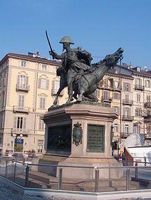Piazza Solferino (Torino) - Wikipedia
