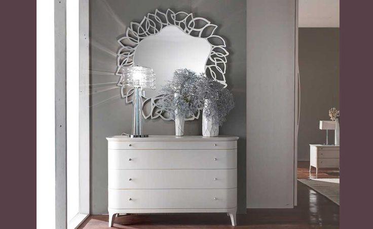 specchio+cassettiera