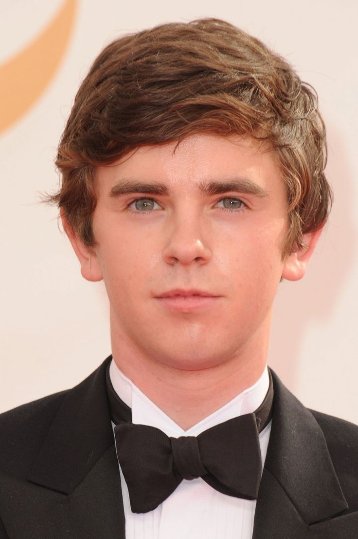 freddie highmore - photo #5