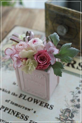 【今日の贈花】知的で可愛いピンクのお花|Flower note の 花日記 (横浜・上大岡 アレンジメント教室)