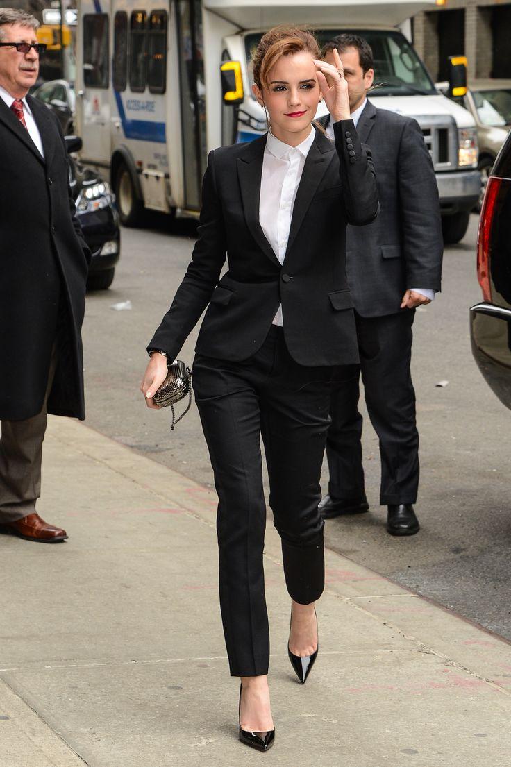 Emma Watson en Saint Laurent, Nueva York Famosas mejor vestidas de la semana | ActitudFEM