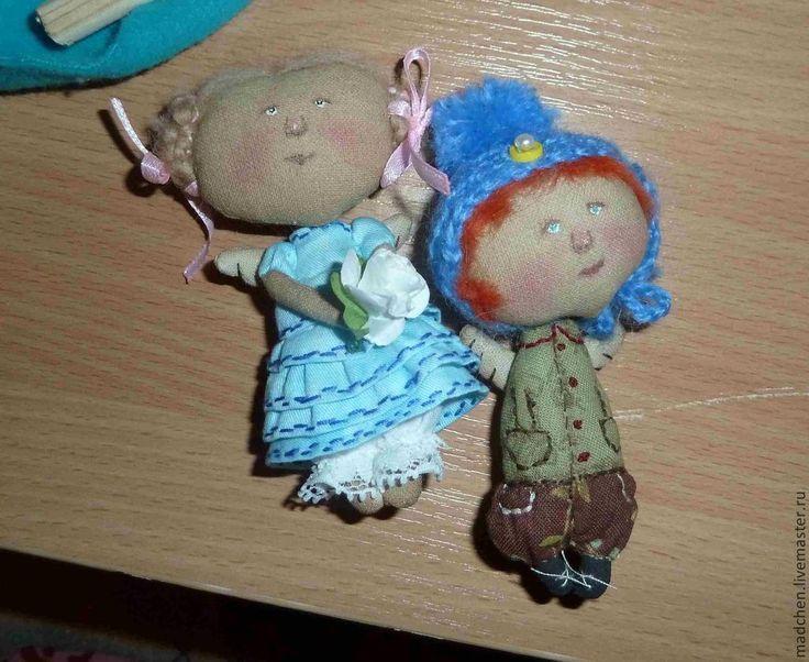 Купить Брошки - голубой, подарок подруге, брошки-куколки, гапчинская, ангел, хлопок, холофайбер