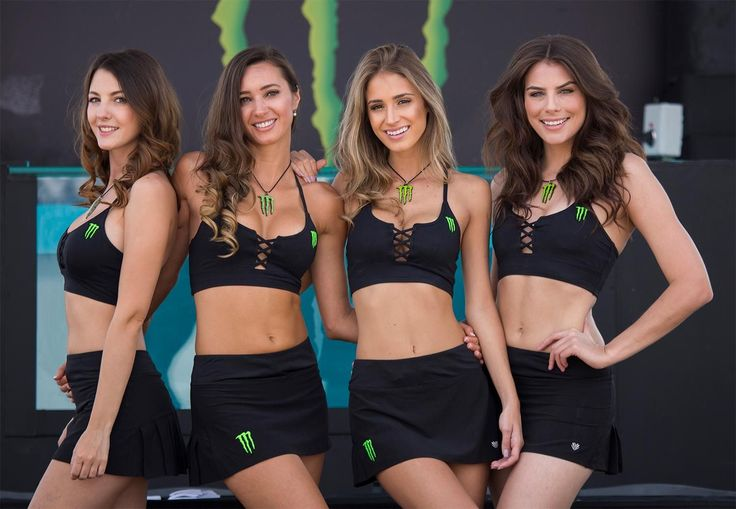 Check out this exclusive gallery of the Monster Energy Girls from the MXGP in Leon! #christmasearrings #christmasfashion #christmas2016 #giftforgirls