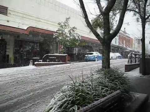 Snow in Katoomba Blue Mountains NSW 2012