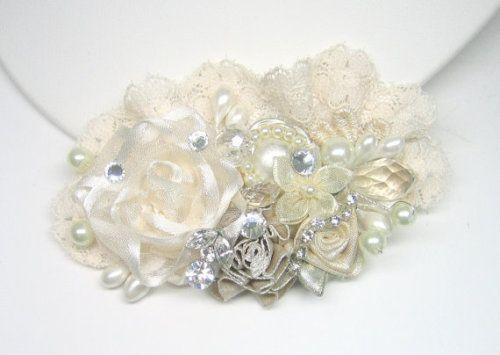 Ivory Wedding Hair Accessories- Ivory Hair Clip- Pearl Hair Comb -Bridal comb- Flower Hair Clip- Floral wedding hair accessories-