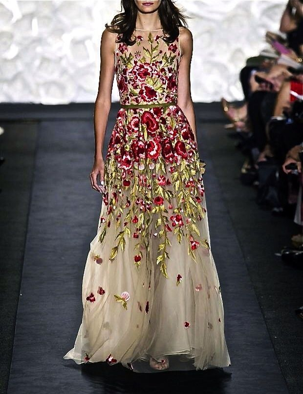 Naeem Khan S/S 2015 – Bits and pieces of everything