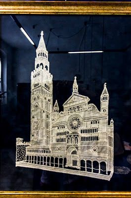 the facade of the Cathedral of Cremona in bobbin lace
