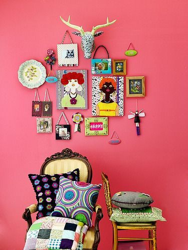 What a cheery room!