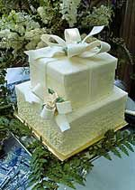 Best 20 Pastel pillow wedding cakes ideas on Pinterest Silver