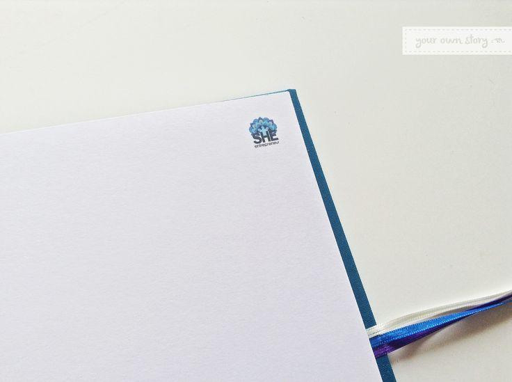 Detalle de las hojas para firmar del Libro de Inspiración para She Entrepreneur.  Entrá a la web para ver los demás que realizamos http://www.milibrodefirmas.com/