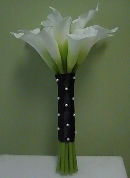 Classy calla lily bouquet