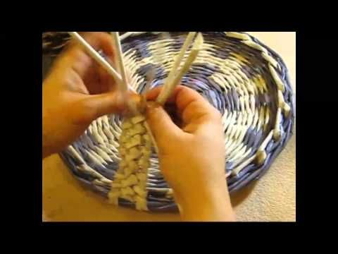 Weaving holders from newspapers. Part 3. - YouTube