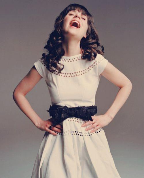 Zooey Deschanel in a lovely summer dress.