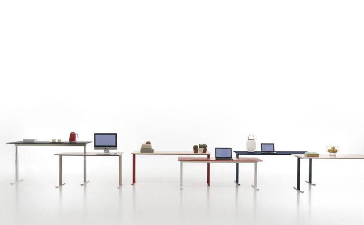 T-Leg desk system design by CMR