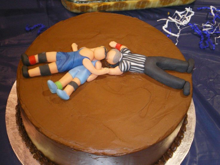 U R PINNED - Last minute cake for a wrestling banquet.