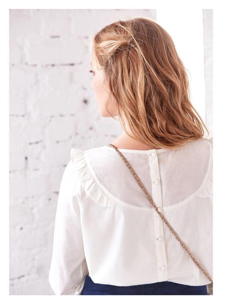Detail dos blouse Caitlin www.instagram.com/sezane Collection Automne Hiver disponible le 4 septembre dès 10H  #sezane #collection #automne #hiver #goodmorningengland #londoncalling #previewsezane #modernlove