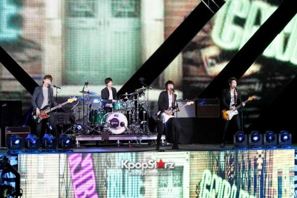 FNC Entertainment Chief Laments Struggles Of FTIsland, CNBLUE To Be Considered Legitimate Bands - http://imkpop.com/fnc-entertainment-chief-laments-struggles-of-ftisland-cnblue-to-be-considered-legitimate-bands/