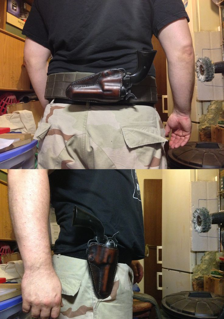 Hand-stitched leather kydex cover for a Colt SAA revolver, compatible con plataforma tek-lok y serpa / Funda de kydex forrada de cuero cosida a mano para un revólver Colt SAA compatible with tek-lok platform and serpa