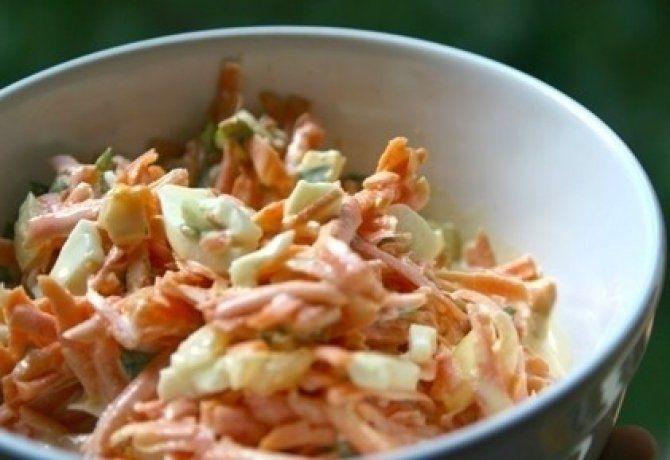 Tojásos sárgarépa saláta