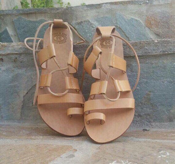Tie up Gladiator sandalsLeather sandals Women's by madammeshushu