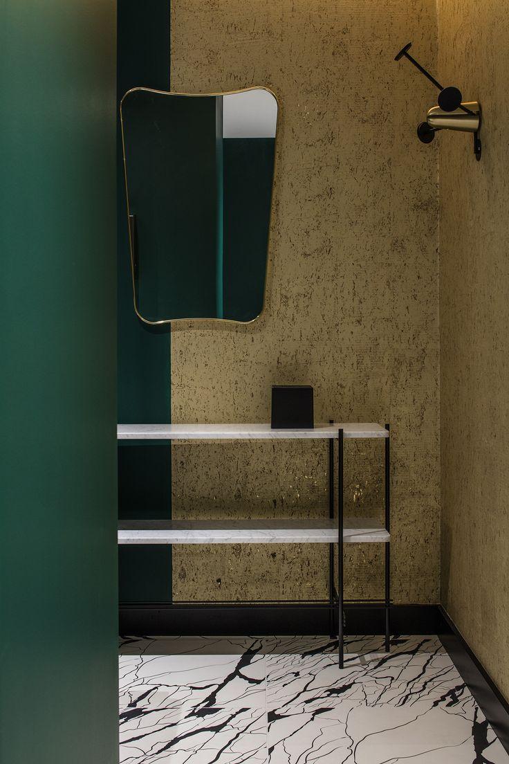 Restaurant - La Forêt noire - Lyon - Décoration Claude Cartier Studio - Wall and Deco - Ornamenta -Pierre Frey - Dimore Studio - Palmadore - Magic Circus Editions - green - brass - laiton - marbre - marble - la chance - Gubi - Thonet Vienna - Photo Guillaume Grasset