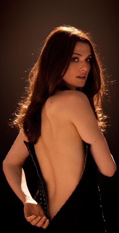 Rachel Weisz as Nora Sutherlin
