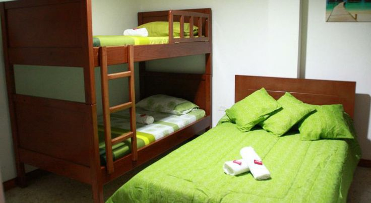Booking.com: Pasadena Hostel , Cali, Colombia - 18 Guest reviews . Book your hotel now! $39 for a 3 person room with private bath. centrally located.