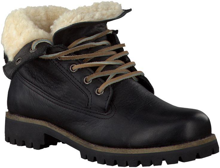 Noir Blackstone Boots http://www.omoda.fr/femme/boots/blackstone/blackstone-boots-il62-noir-52396.html