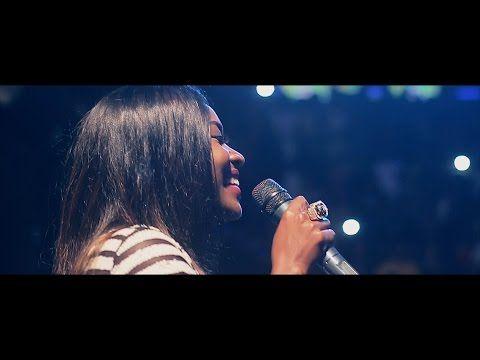 Pérola - Já Não Sou Criança @ Discoteca Luanda - YouTube
