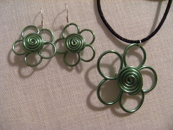 flor verde, Bisutería, Colgantes