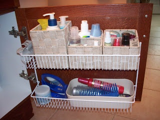 25 best organize plastic containers ideas on pinterest - Plastic bathroom storage containers ...