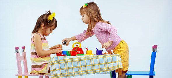 Το παιχνίδι είναι το καλύτερο μέσο για να δώσετε στο παιδί πολύτιμα μαθήματα για τη ζωή το