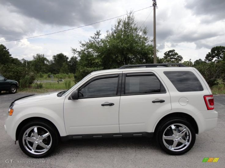 ford excape hybrid on rims | 2010 Ford Escape XLS Custom Wheels Photo #51195835