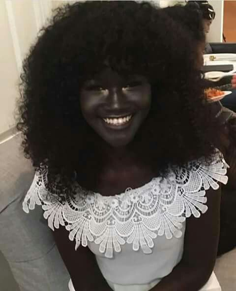 This is Khoudia Diop, Melanin Goddess, Senegalese Top-model Voici Khoudia Diop la Déesse Mélanine