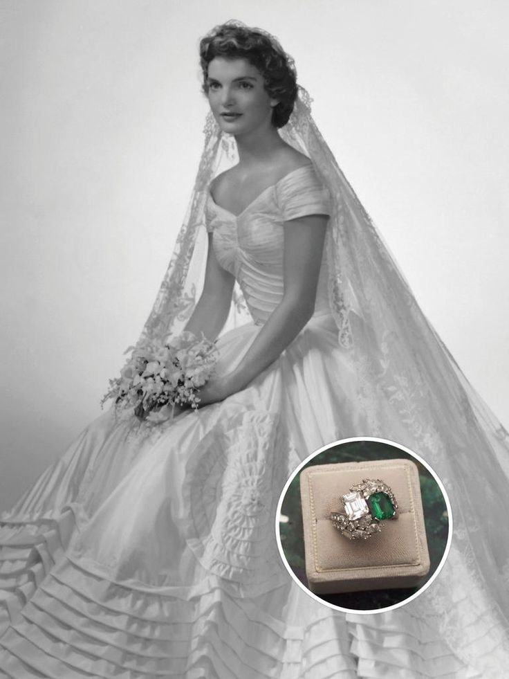 10 Most Famous Engagement Rings in History: #2. Jacqueline Kennedy: Emerald and Diamond Ring