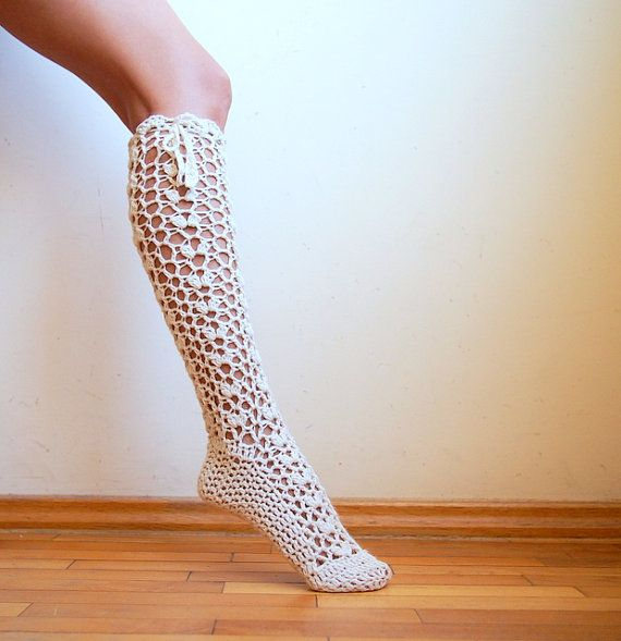 PDFpattern   Knee high Socks leg warmers lacy by Accessorise