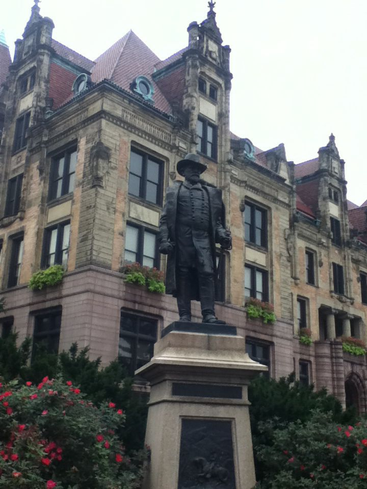 St. Louis city hall with a sweet statue of Ulysses Grant.