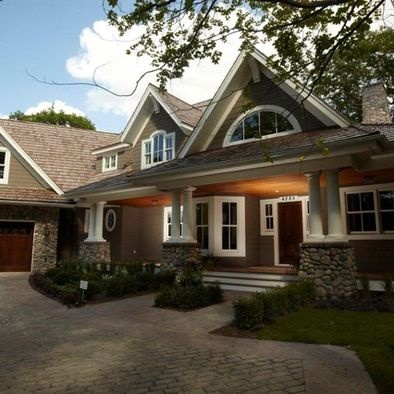 11 best images about front porch on pinterest fall door for Craftsman house plans with side entry garage