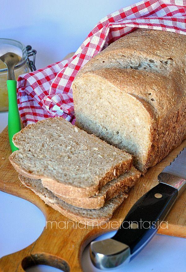 panbauletto morbido di pane integrale