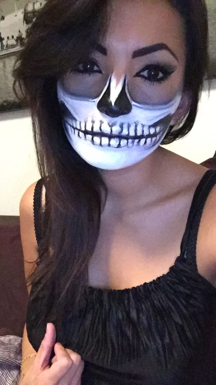 Halloween make-up skull by Yensi.
