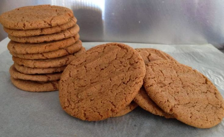 Milo and flaxseed cookies