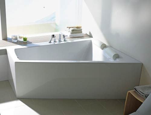 Two Person Double Bathtub on http://www.trendsi.com/